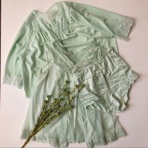 Vintage 3 Piece Sleepwear PJ Set